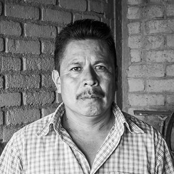 Leoncio Santiago Mezcalero