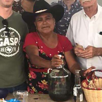 Reina Sanchez Mezcal Mezcalera