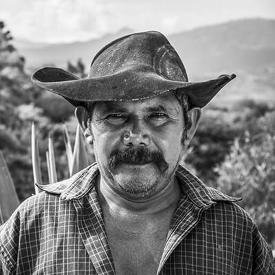 Fernando Mitra Mezcalero Sola de Vega