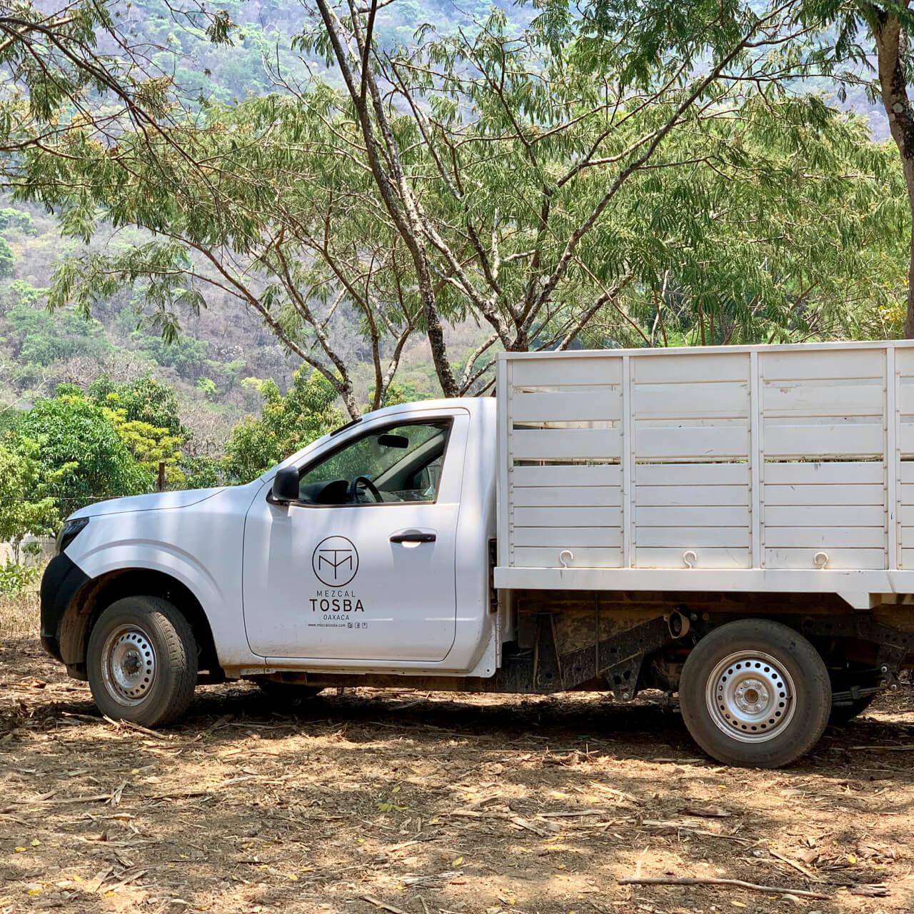Mezcal Tosba truck