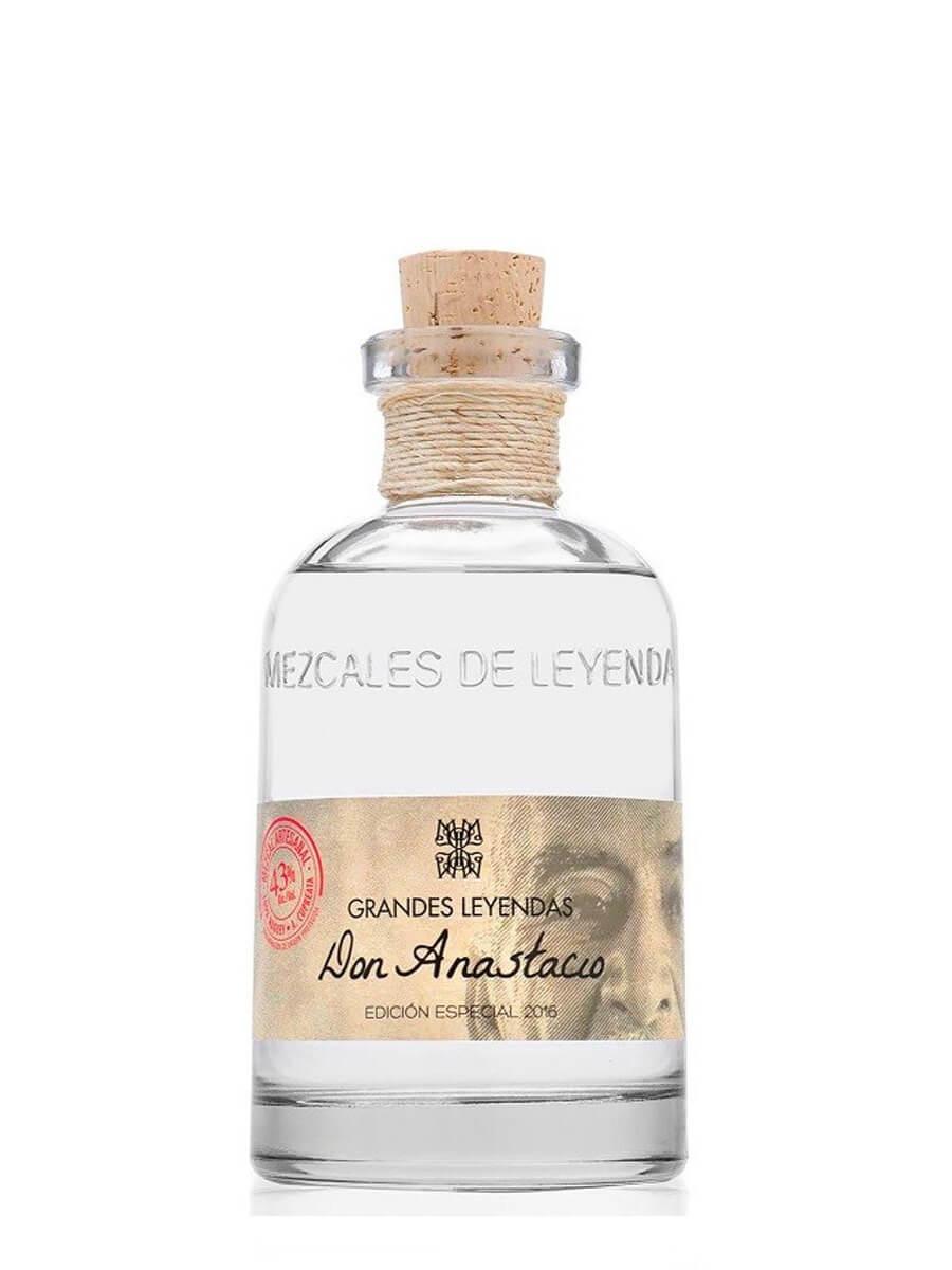 Mezcales de Leyenda Grandes Leyendas mezcal bottle