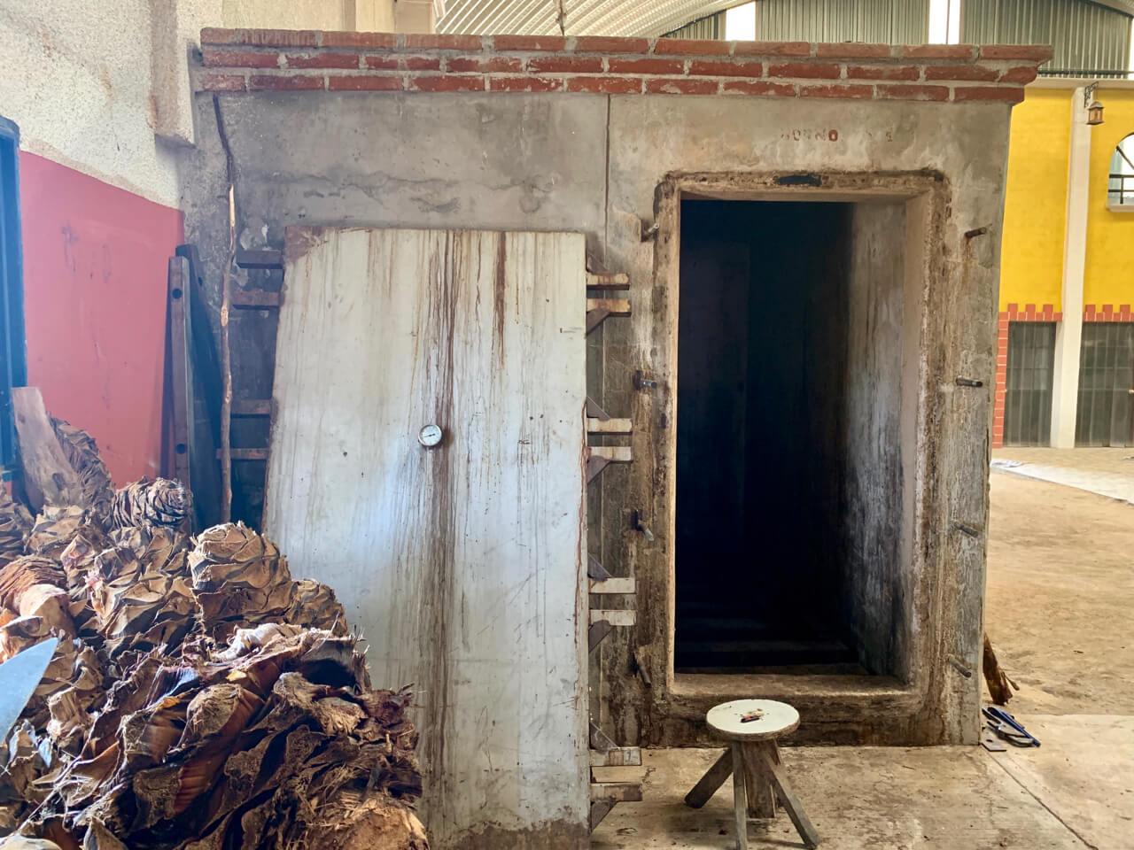 Viejo Indecente steam oven