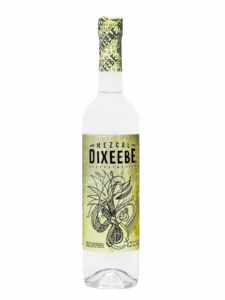 Mezcal Dixeebe Coyote bottle